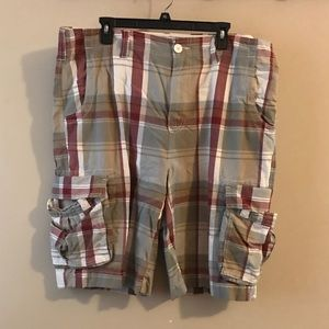 Urban Pipeline patterned cargo shorts